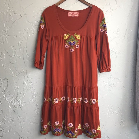 Johnny Was Dresses & Skirts - Johnny Was Embroidered Swing Daisy Dress
